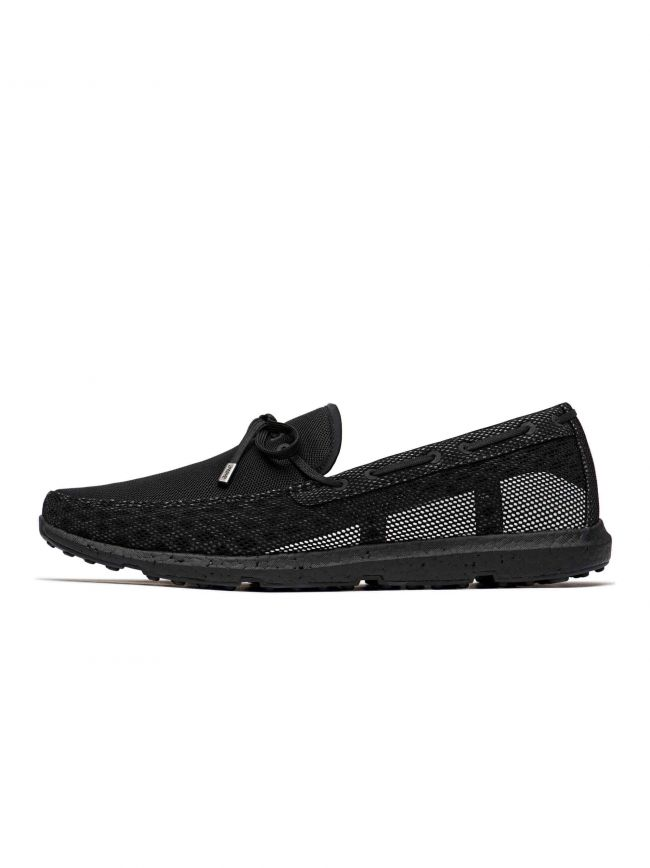 Black & White Breeze Leap Laser Loafer